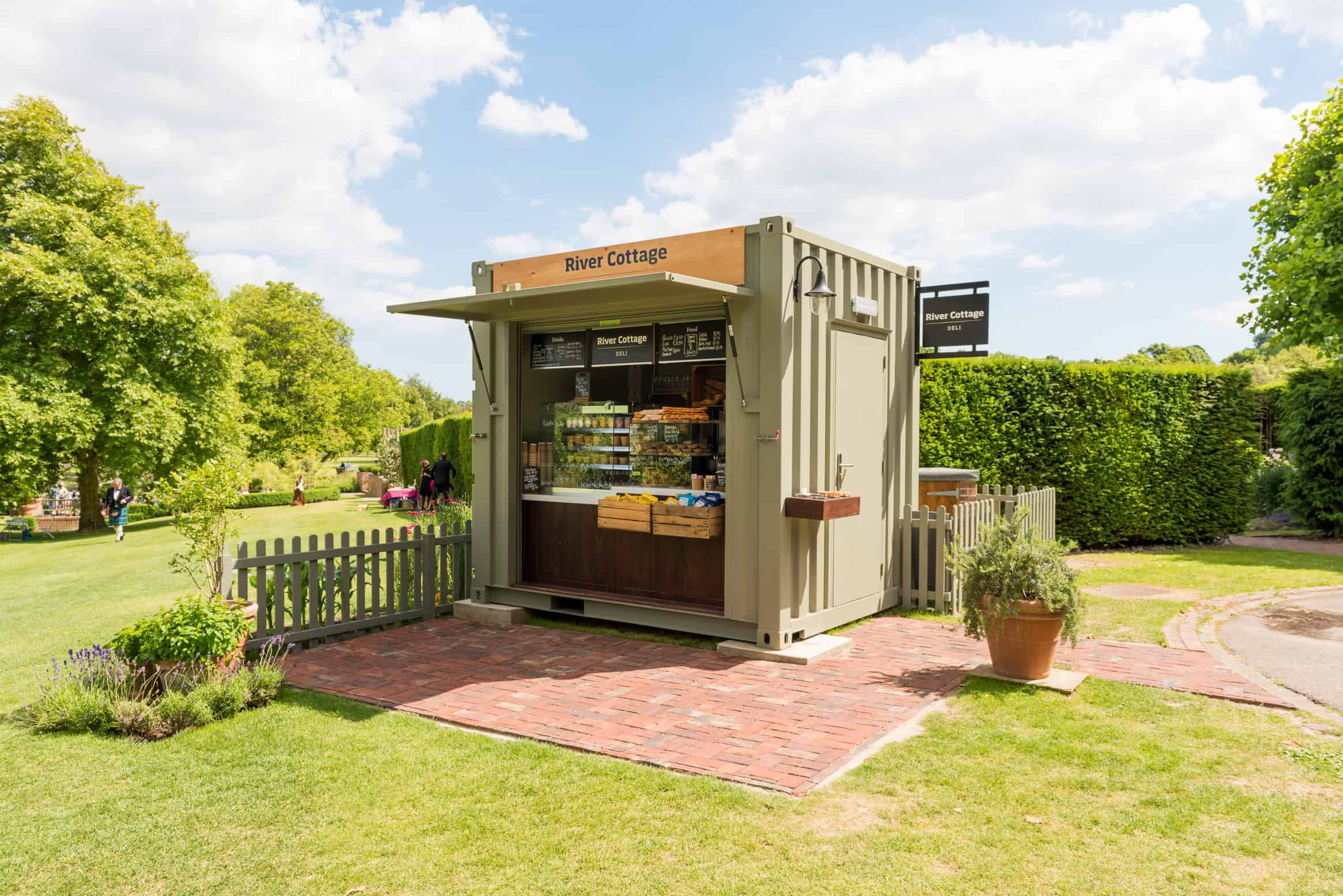 New River Cottage Deli kiosk hits the right note at Glyndebourne